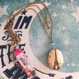 NWT✨ Betsey Johnson Eiffel Tower Locket Necklace